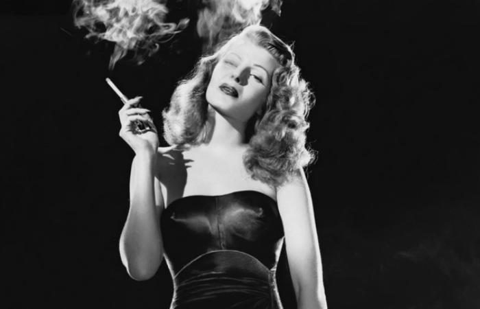 Тайны Кларка Гейбла, таинственные смерти молодых актрис и другие скандалы золотого века Голливуда. Фотография Риты Хейворт.