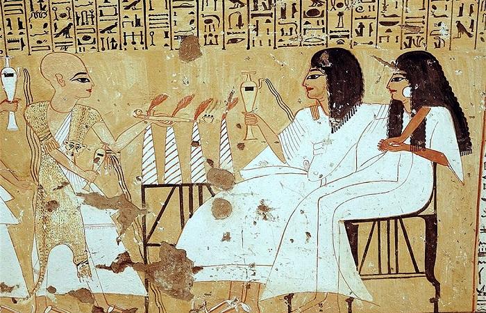 Браки в Древнем Египте бывали не только по рассчёту, но и по любви.
