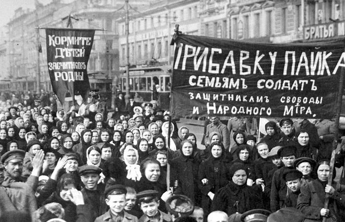 Февральский бунт стал только первой из манифестаций женщин в 1917 году.