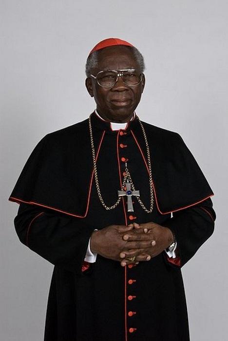 Очередным папой Римским африканского происхождения мог стать кардинал Питер Кодво Тарксон родом из Ганы. Многие считали, что он станет преемником предпоследнего папы. Этого не случилось, но не стоит сбрасывать Тарксона со счетов.