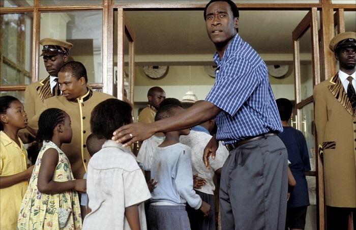 Кадр из фильма «Отель Руанда»