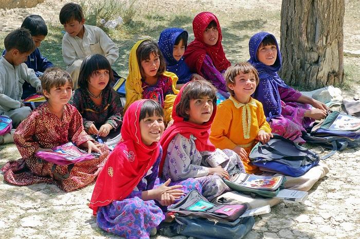 Джамиля борется за право девочек учиться словом и делом.