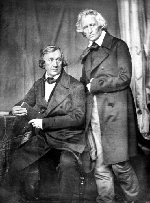Прижизненная фотография Якоба и Вильгельма Гриммов.