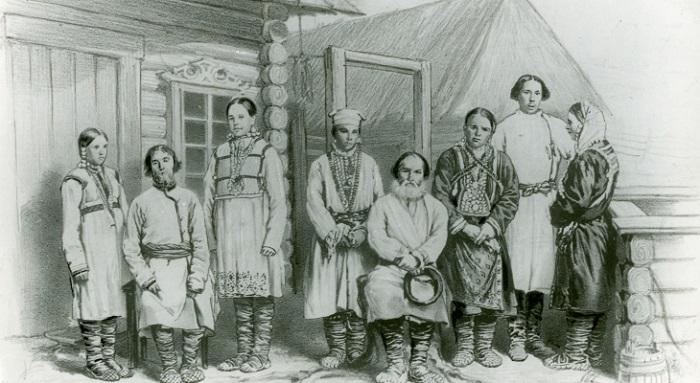 В старину марийцы были воинами и охотниками, но в девятнадцатом веке они жили уже сельским хозяйством.