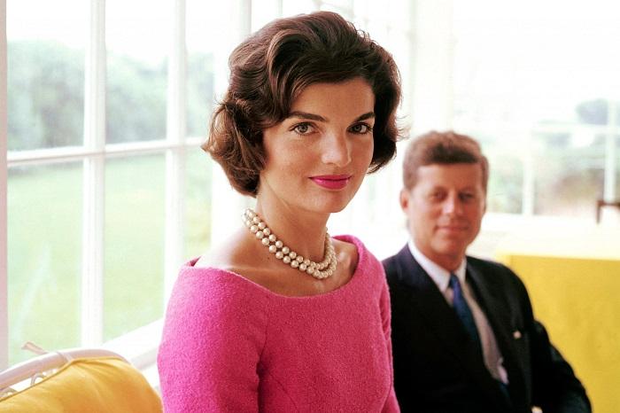 В Канаде и Франции Джона Кеннеди воспринимали как приложение к блистательной Жаклин.
