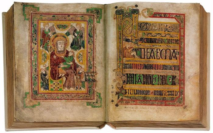 В Ирландии были сильны литературные традиции, что повлияло и на традиции книгоизготовления.