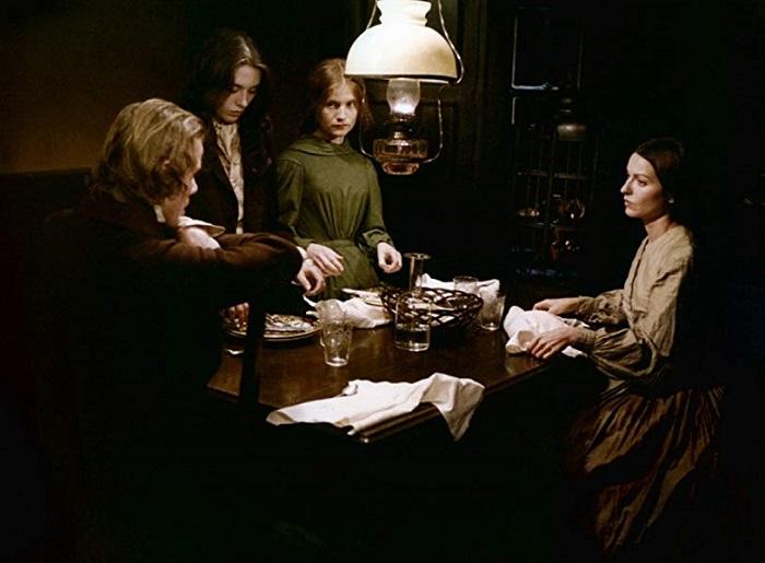 Кадр из фильма *Сёстры Бронте* 1979 года.