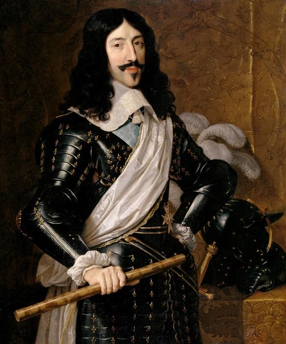 Даже на пышных парадных портретах Людовик часто был в тёмных одеждах.