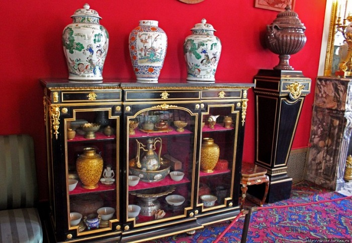 В музеях Европы полно предметов, вывезенных из Китая во время войн.
