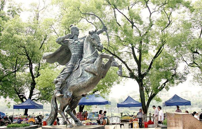 Китайский памятник Ма Юаню