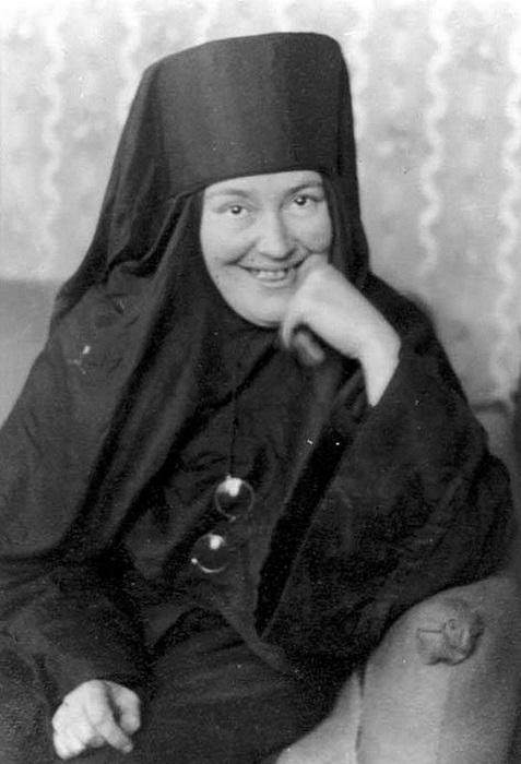 Мать Мария была жизнерадостной и деятельной женщиной.