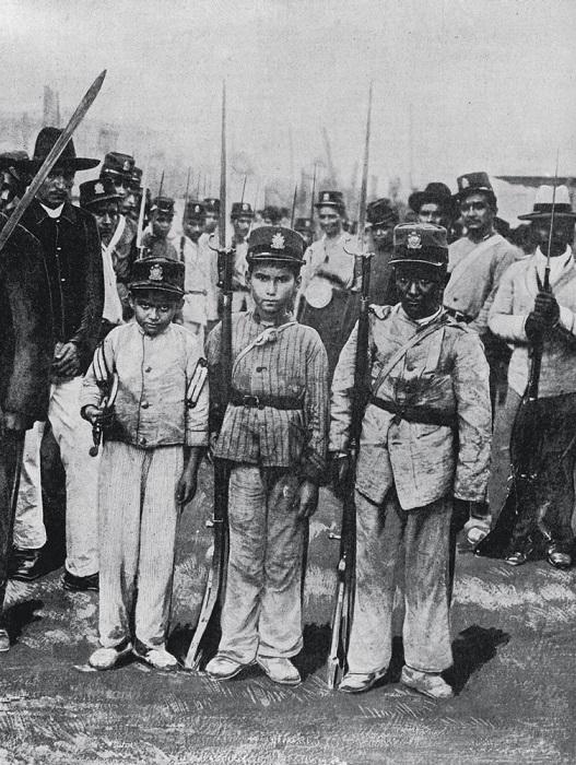 Солдаты последнего призыва президента Лопеса.