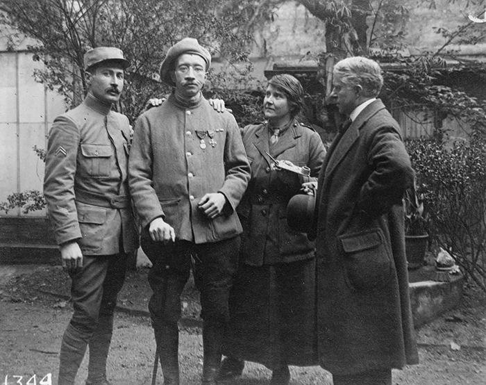 Лэдд и Гиллису были благодарны множество искалеченных войной солдат.