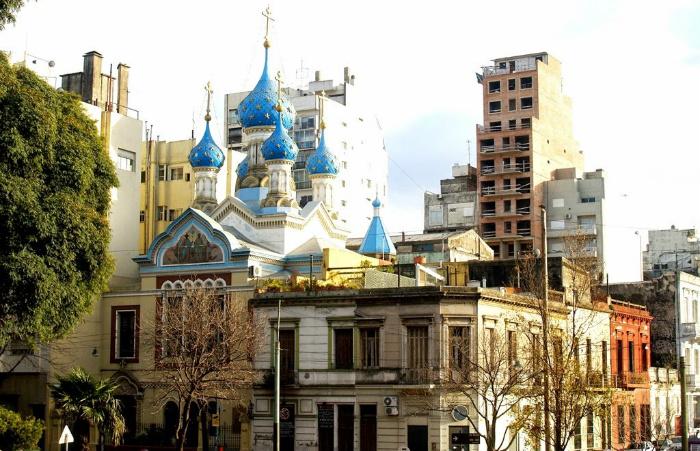 Российская диаспора в Аргентине. Что объединяет и что раскалывает местных «русских». На фотографии: церковь в Буэнос-Айресе.