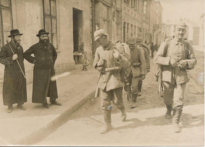 Сценка в Австро-Венгрии.