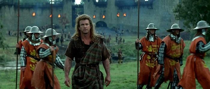 Кстати, в тринадцатом веке в английской армии не было единой формы.