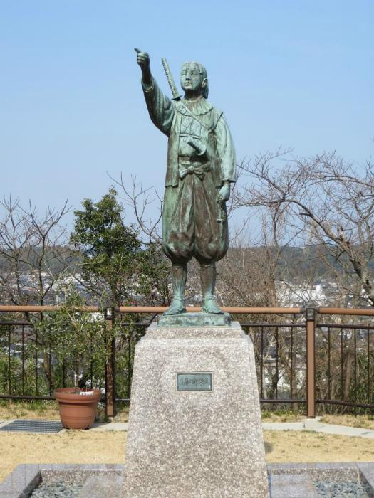 Один из памятников шестнадцатилетнему Иерониму.