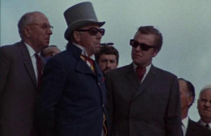 Великолепный Папанов в роли злодея-олигарха.
