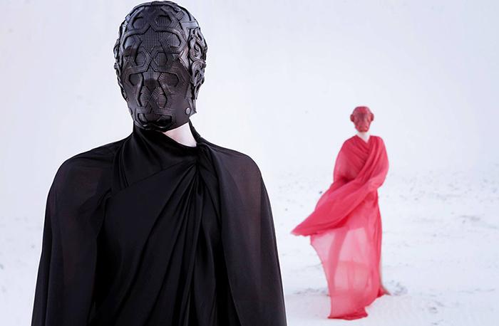 Маски Bob Basset для Givenchy.