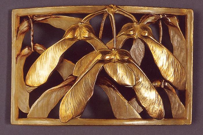 Мотивы семян растений появились в Европе благодаря открытию японского искусства.