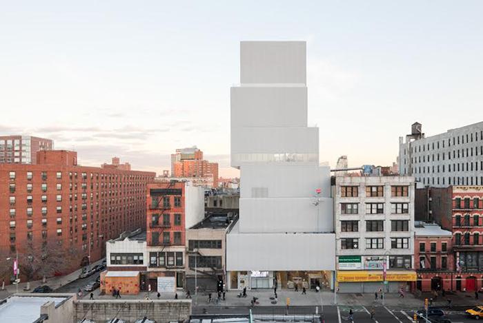 Новый музей современного искусства в Нью-Йорке.