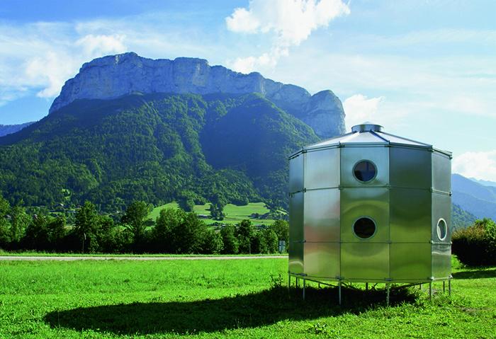 Домик для горнолыжников Refuge Tonneau, проект Шарлотты Перриан и Пьера Жаннере.