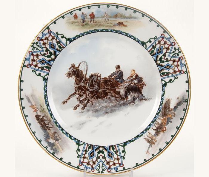 Тарелка с историческим сюжетом.
