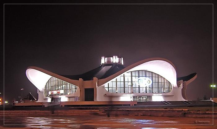 Здание Белэкспо, Минск, Беларусь.