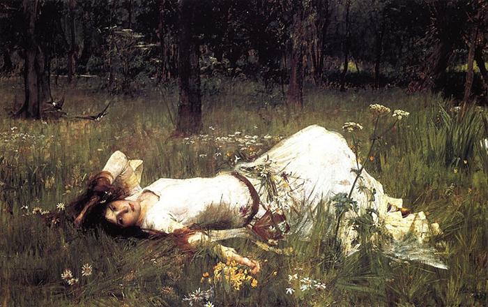 Офелия, лежащая в траве.