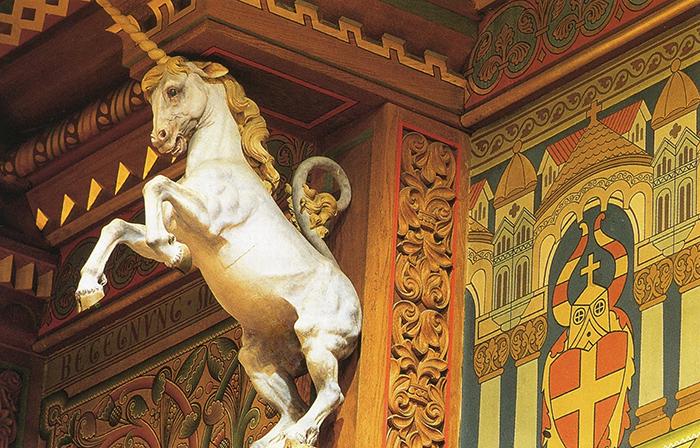Детали убранства, вдохновленные средневековьем.