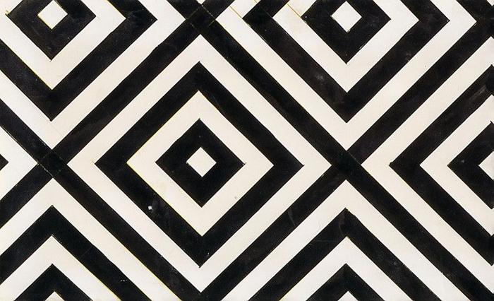 Любовь Попова создавала орнаменты без цветов и птиц.