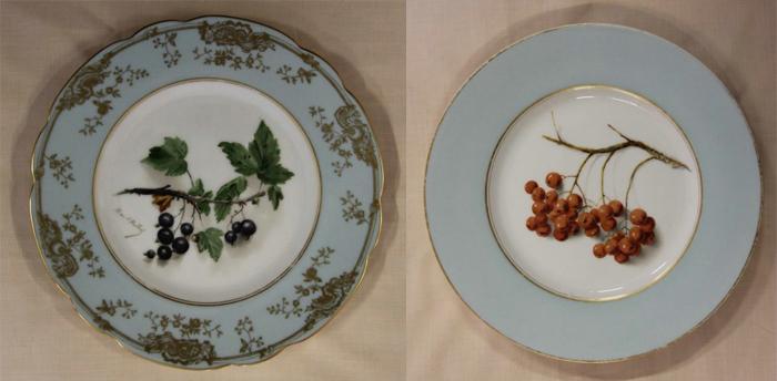 Тарелки с изображением ягод.