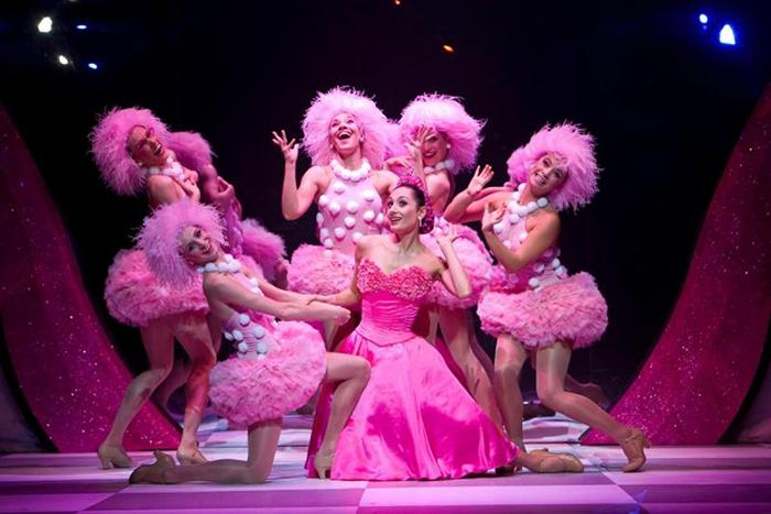 Сцена из балета Щелкунчик.