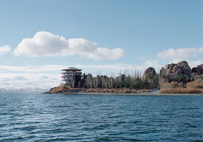 Дача Президиума Верховного Совета СССР на озере Севан, Армения.