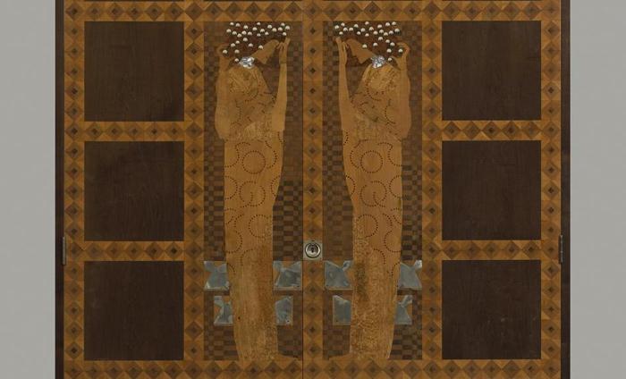 Декоративные панели в стиле венского сецессиона.