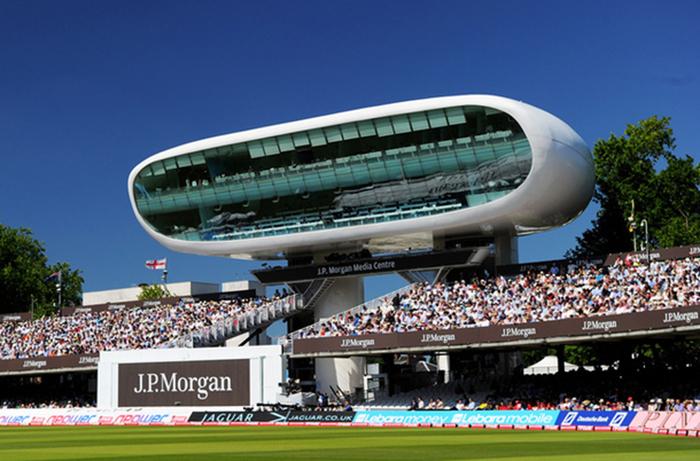 Медиа-центр на стадионе для крикета Lord`s Cricket Ground в Лондоне.