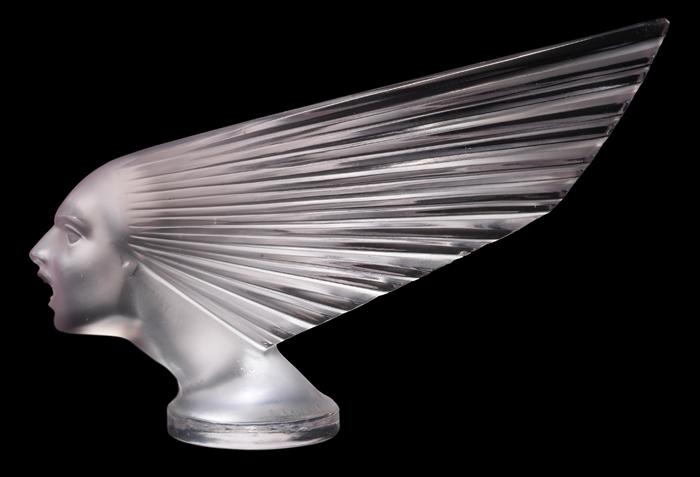 Стеклянная скульптура Рене Лалика.