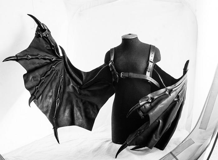 Перепончатые крылья от Bob Basset.