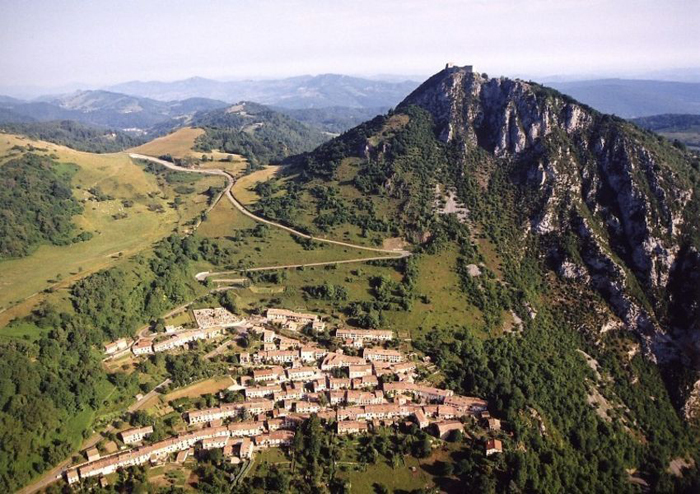 Вид на гору Монсегюр.