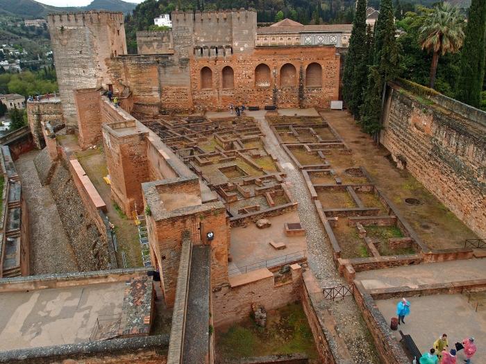 Самая старая часть Альгамбры.