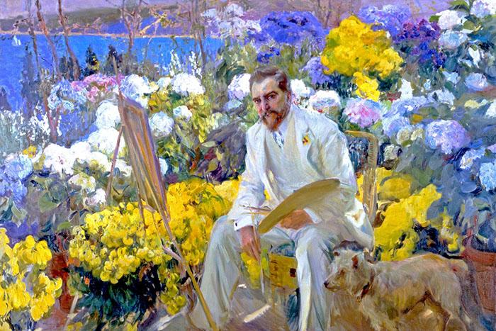Портрет Тиффани в саду за мольбертом.