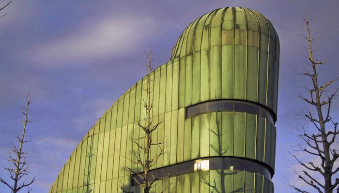 Филипп Старк - сторонник экологичной архитектуры.