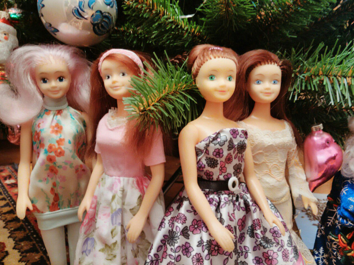 Фотография из сообщества Куклы Диана, Кристина, Вероника, игрушки 90х (https://vk.com/bela_russian_fashion_dolls).