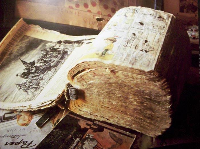 Книга Генри Дарджера.