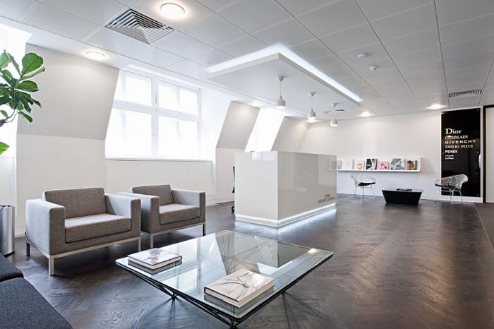 Интерьер офиса LVHM - пространство, стиль, энергосбережение.