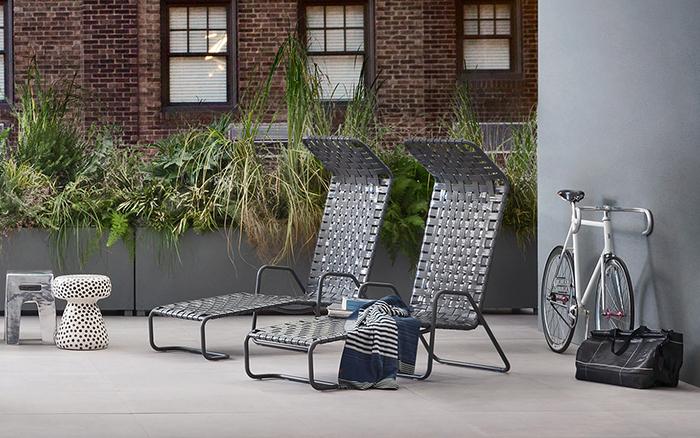 Мебель для отдыха на свежем воздухе.