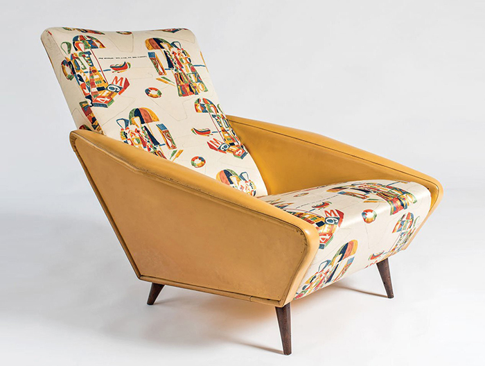 Кресло с орнаментом, разработанным Понти.