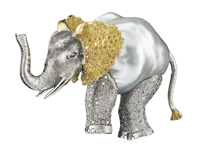 Брошь Elefant с редчайшей барочной жемчужиной.