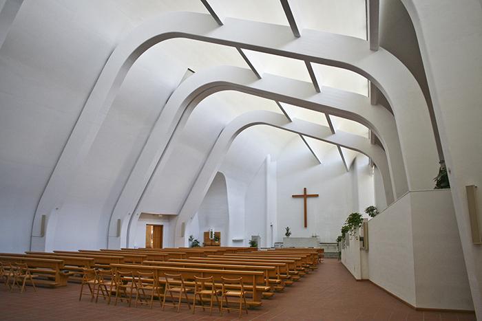 Интерьер церкви в Вергато.