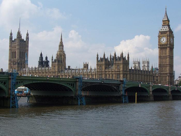 Вестминстерский дворец.